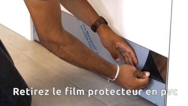 Retirer le film de protection de la tôle inox