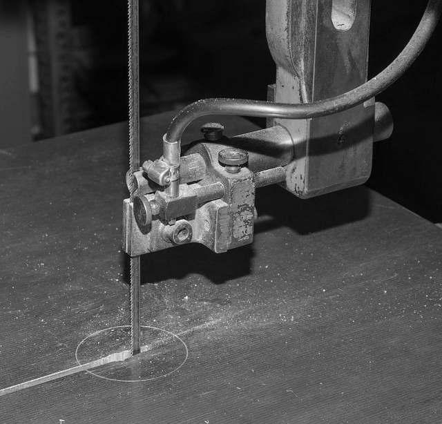 scie à ruban aluminium